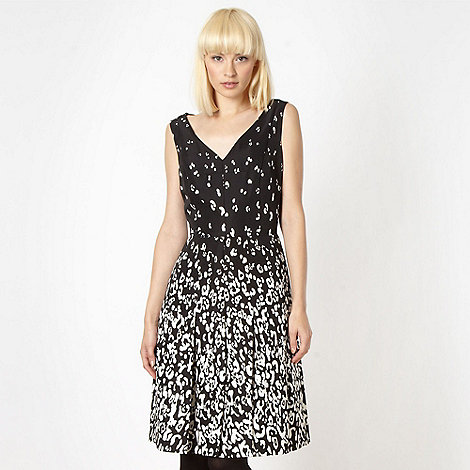 Preen/EDITION - Designer black animal prom dress