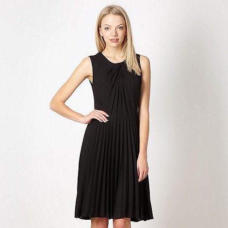 Jonathan Saunders/EDITION - Designer black twist neck pleated dress