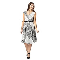 Preen/EDITION - Designer white monochrome mosaic print dress