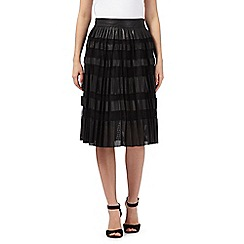 Todd Lynn/EDITION - Black leather perforated pleated skirt