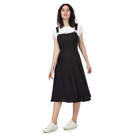 todd-lynn-edition - Black buckled pinafore dress
