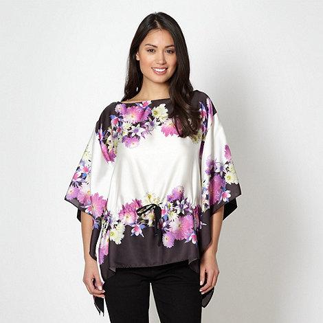 Star by Julien Macdonald - Designer white floral kimono