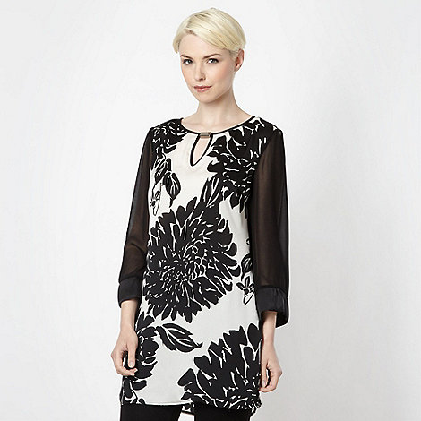Star by Julien Macdonald - Designer black oriental tunic