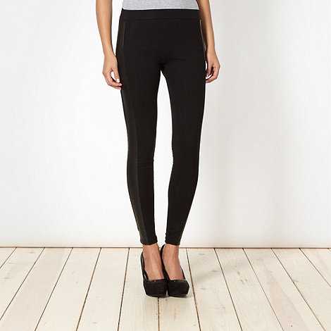 Star by Julien Macdonald - Designer black faux leather panelled leggings