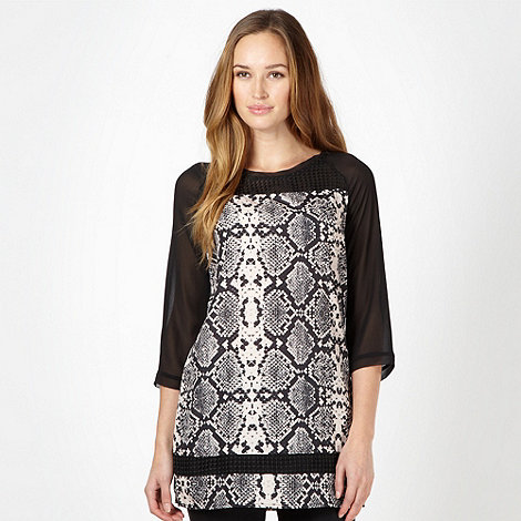 Star by Julien Macdonald - Designer black snake print tunic