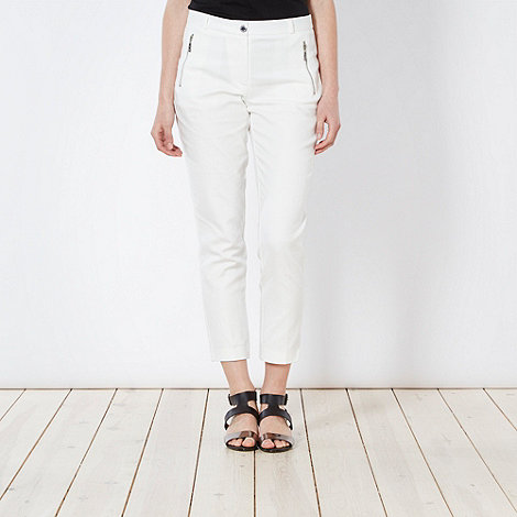 Star by Julien Macdonald - Designer ivory zipped crop trousers