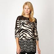 Black tiger lace panelled three quarter sleeve tunic