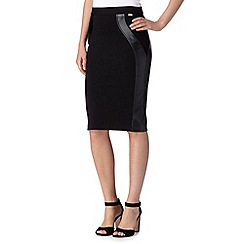 Star by Julien MacDonald - Designer black seamed skirt
