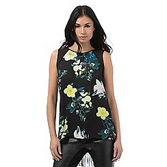 Star by Julien Macdonald - Black floral print pleated top