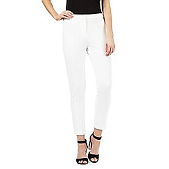 Star by Julien Macdonald - Ivory textured cropped trousers