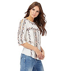 Nine by Savannah Miller - White paisley embroidered top