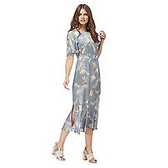 Nine by Savannah Miller - Light blue fern print midi length tea dress