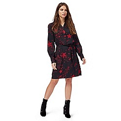 Nine by Savannah Miller - Black star print shirt dress