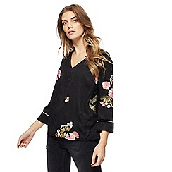 Nine by Savannah Miller - Black floral embroidered top