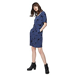 Nine by Savannah Miller - Blue feather print round neck shirt sleeve tunic dress