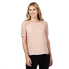 Nine by Savannah Miller - Pale pink lace detail shell top