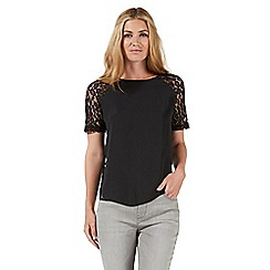 Nine by Savannah Miller - Black lace detail shell top