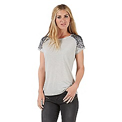 Nine by Savannah Miller - Grey sequin embellished t-shirt