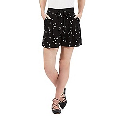 Nine by Savannah Miller - Black swallow print tie waist shorts