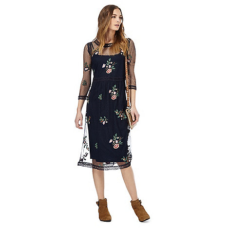 Nine by Savannah Miller - Navy floral embroidered dress