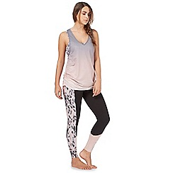 Nine by Savannah Miller - Light pink animal print colour block legging