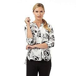 The Collection Petite - White and grey poppy print shirt