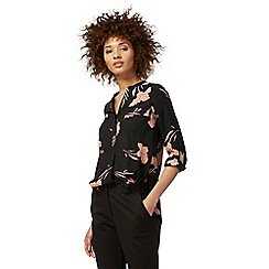The Collection Petite - Black floral print petite shirt