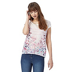 The Collection Petite - Multi-coloured floral print t-shirt