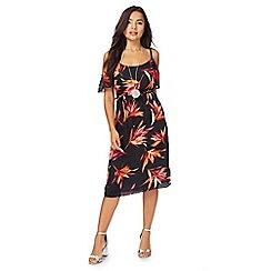 The Collection Petite - Pink floral print cold shoulder knee length shift dress