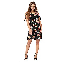 The Collection Petite - Black floral print petite swing dress