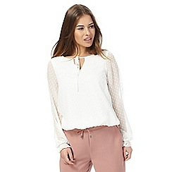 The Collection Petite - Ivory textured gathered hem top