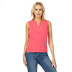 Maine New England - Pink embroidered notch neck top