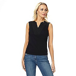 Maine New England - Black embroidered notch neck top
