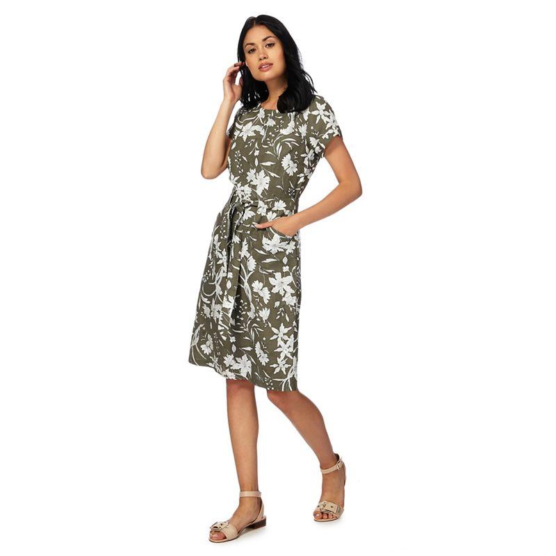 Maine New England Khaki floral print knee length shift dress
