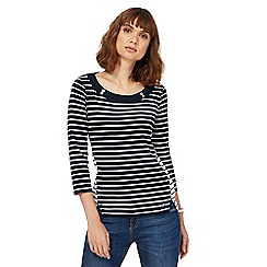 Maine New England - Navy mix and match striped top