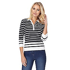 Maine New England - Navy striped collar top