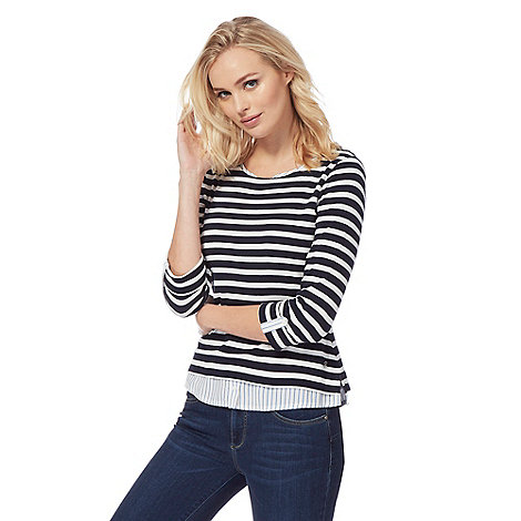 Maine New England - Navy striped V neck top