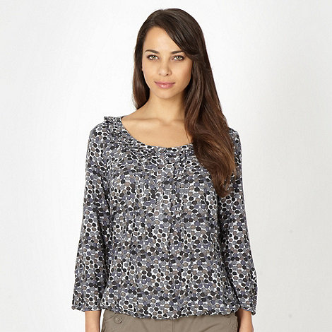 Maine New England - Taupe shell spotted woven shell top