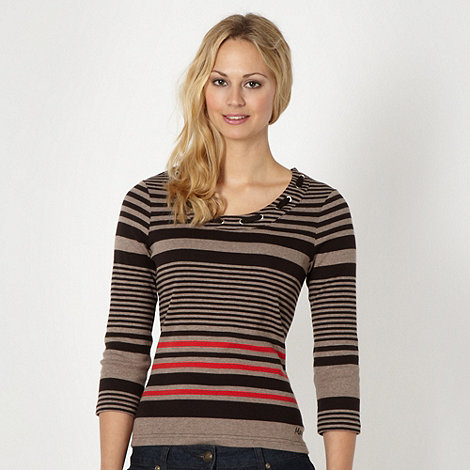 Maine New England - Brown striped scoop t-shirt