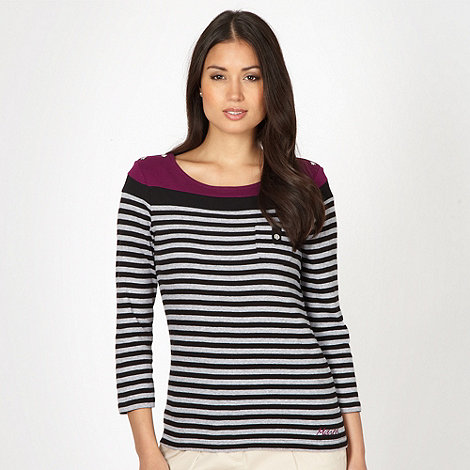 Maine New England - Light grey striped top