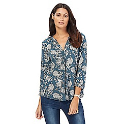 Maine New England - Dark turquoise paisley print notch neck top