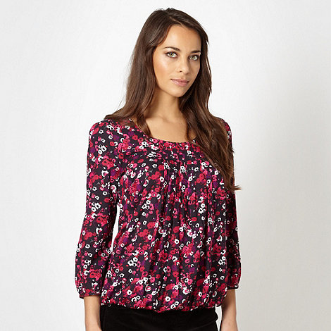 Maine New England - Dark pink floral pintucked bubble hem top