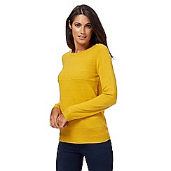 Maine New England - Dark yellow ripple stitch jumper