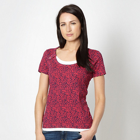 Maine New England - Pink scatter scoop neck top
