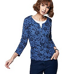 Maine New England - Blue floral print mock top