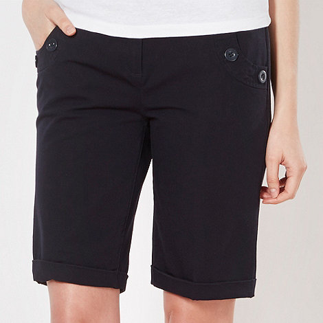 Maine New England - Navy button detail shorts