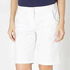Maine New England - White button pocket shorts