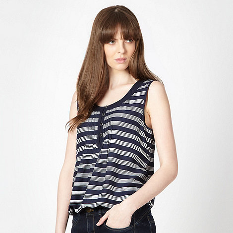 Maine New England - Navy striped bubble hem vest