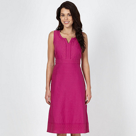 Maine New England - Dark pink embroidered Y neck dress