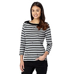 Maine New England - Grey striped jewel embellished top
